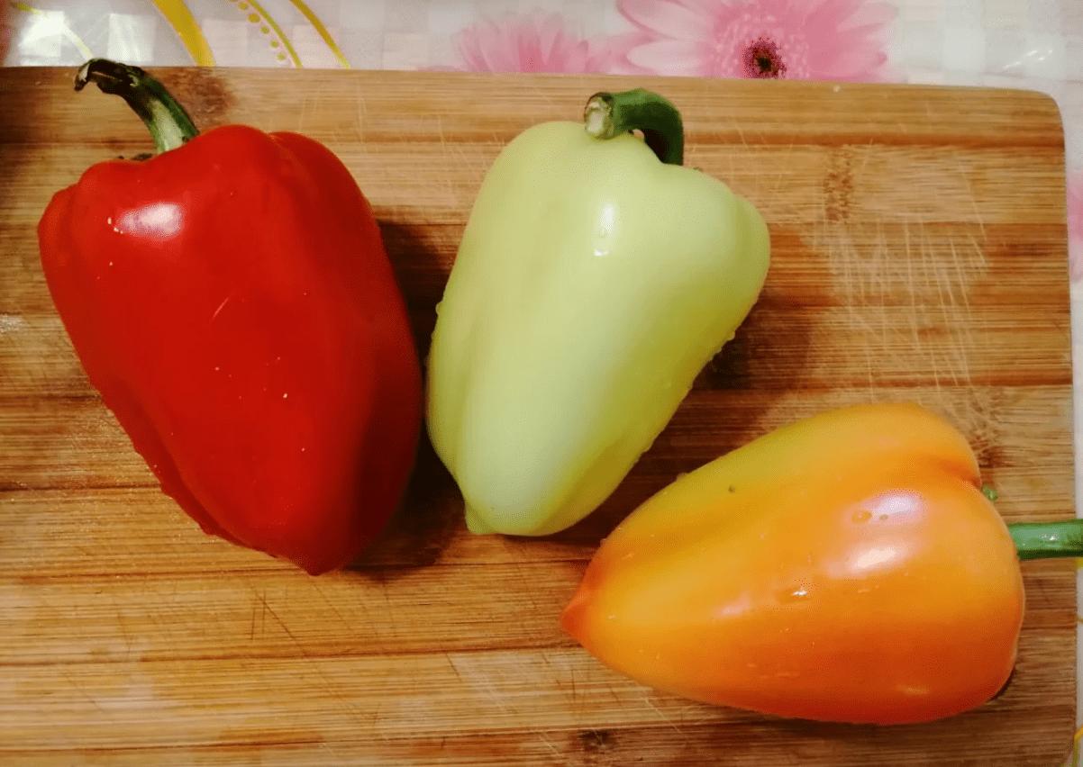 Разноцветные перчики